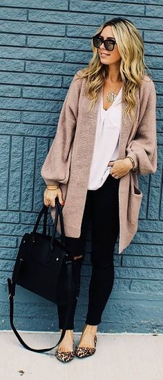 Cierra! I want some fun shoes like this! #fall #outfits beige cardigan black pants panther shoes