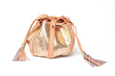 Best of Resort 2016 Accessories: Part 3 2016 Trends, Summer Trends, Classic Handbags, See By Chloe, Fashion Handbags, Purses, Wallet, Bucket Bags, Fashion Trends