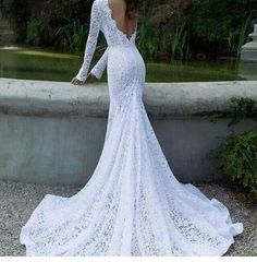 Elegant lace wedding dress