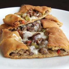 Turkish pizza pide topped with chopped beef and melting cheese | giverecipe.com | #pizza #turkish #pita
