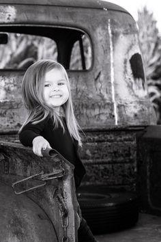 2 year old girl pose! Sabrina Walsh Photography