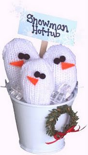 Snowman Hot Tub by childmadetutorials.blogspot.com