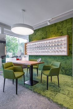 Top Optik Optometry Office, Eyewear Shop, Optical Shop, Cosmetic Shop, Inspiration Wall, Shop Interiors, New Shop, Store Design, Dining Bench