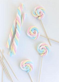 #DIY Easy Easter Marshmallow Pops