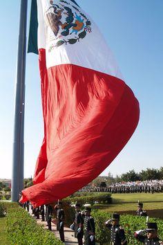 Bandera monumental, Iguala, Guerrero, México (Cuna de la bandera)