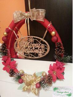 Christmas wreath. Ornament Wreath, Ornaments, Winter's Tale, A Christmas Story, Christmas Wreaths, Holiday Decor, Handmade, Christmas Swags, Hand Made