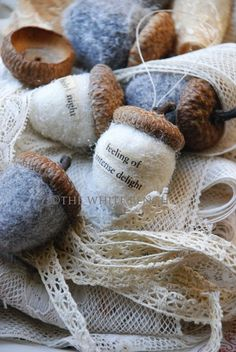 The White Bench: Creative Christmas #3: Glittery Felted Acorns with tutorial