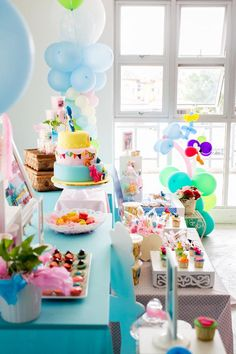Girly Pocoyo Party with LOTS of CUTE Ideas via Kara's Party Ideas   KarasPartyIdeas.com #GirlParty #Pocoyo  #Planning #Idea #Decorations