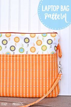 Easy Laptop Bag Pattern-Sew this fun laptop bag for your computer with this easy to follow DIY laptop bag pattern. #sew #pattern #sewing