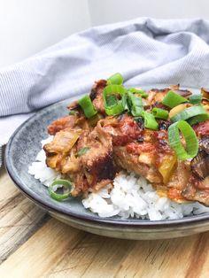 Tandoori Chicken, Bacon, Curry, Beef, Ethnic Recipes, Bruges, Sweets, Gray, Mushroom