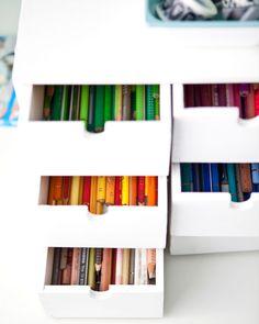 Schubladen farblich abgestimmt