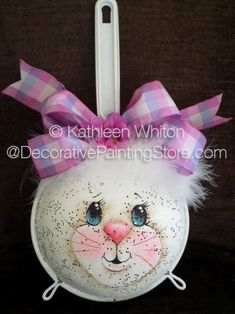 The Decorative Painting Store: Kitchen Strainer Bunny Pattern - Kathleen Whiton, Newly Added Painting Patterns / e-Patterns Summer Crafts, Holiday Crafts, Diy And Crafts, Crafts For Kids, Bunny Crafts, Easter Crafts, Easter Decor, Easter Ideas, Easter Projects