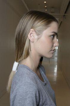 15 Perfect Shades of Dark Blonde Hair   Hairstyle Guru15 Perfect Shades of Dark…