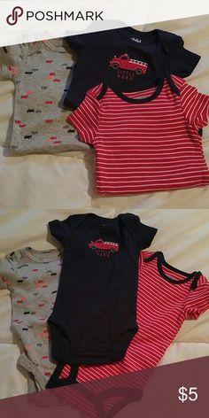 Set of 3 onzies Set of 3 onzies, never worn One Pieces Bodysuits