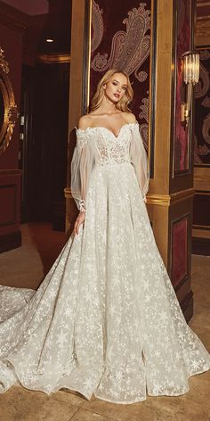 Ivory lace satin wedding dress ball gown A-line trumpet mermaid 2 pieces