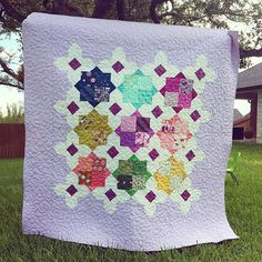 Instagram media by missouriquiltco - Wow! We love it when quilters think outside the box and don't feel limited by a pattern. This is gorgeous!! #msqcshowandtell #Repost @leeannjperry ・・・ I combined MSQC's #doublesquarestarquilt pattern with the idea of Lizzy House's meadow #quilt by snowballing an extra corner... #msqcshowandtell #cottonandsteel