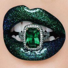 Lipstick Art, Lipstick Colors, Lip Colors, Lipstick Dupes, Grey Lipstick, Lipsticks, Lip Makeup, Beauty Makeup, Makeup Tutorials
