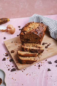 Healthy Chocolate Chip Banana Bread — Lala's Plate Healthy Cake Recipes, Gourmet Recipes, Sweet Recipes, Baking Recipes, Healthy Baking, Healthy Food, Best Chocolate Brownie Recipe, Flourless Chocolate Brownies, Healthy Chocolate