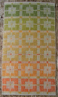 Kukkoladräll CloudBerry rustic linen quality with clear pattern in 3 batches.
