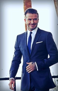 Holy moly! Nobody can beat David Beckham in a suit #meninsuits