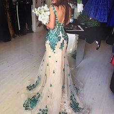 Venda seu vestido usado (festa ou noiva) no nosso site! @vendaseuvestido  O site já tem várias opções lindas de vestidos para todos os estilos e tamanhos! Negocie diretamente com o comprador! Confiram: www.vestidosc.com.br @vendaseuvestido
