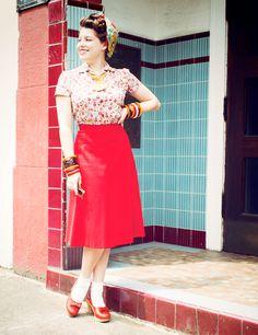 Solanah's cheerful outfit | via Vixen Vintage.