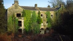 Restoration of Aberglasney House in Carmarthenshire begins | Wales - ITV News
