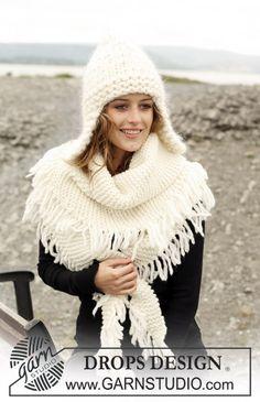 Ensemble DROPS : Bonnet à oreillettes tricoté avec 2 fils Eskimo et 1 fil Vienna, Châle au point mousse avec franges en Eskimo ~ DROPS Desig...