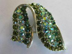 Vintage Lisner Tri Green Colored Rhinestones Ribbon Design Pin Brooch