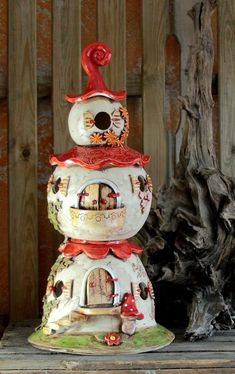 Diy Clay, Clay Crafts, Diy And Crafts, Clay Fairy House, Fairy Garden Houses, Pottery Houses, Ceramic Houses, Mosaic Projects, Clay Projects