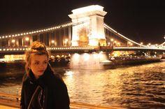 Danube by night #budapest #Hungary #Europe #travel #travelbug #travelpic #traveller #travelblogger #travelblog #travelgram #travelphotography #instatravel #photography #photographer #photoshoot #photooftheday #nightphotography #lensflare #amateurphotography #portrait #danube http://tipsrazzi.com/ipost/1504667245908842859/?code=BThpuNZj9lr