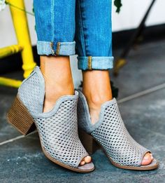 **** Stitch Fix Summer 2017 Inspo!! Obsessed with the look of these laser cut stacked heel booties. These would go great with jeans or even a cute short dress! Get your picks of on trend clothing, shoes and accessories just like this from Stitch Fix today. Simply click the picture to get started, fill out the style profile and mention styles like this! #sponsored StitchFix