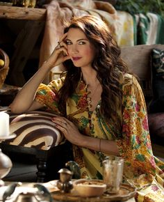 Shiva Rose Beauty Formulas, Bohemian Soul, Beauty Industry, Timeless Beauty, Hippie Chic, Country Chic, Shiva, Free Spirit, Black Denim