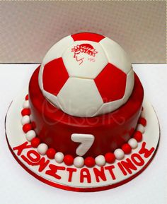 Olympiakos cake - Football