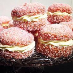This Jelly Cakes CWA Recipe is a sweet treat you'll love to eat. They are a delicious old fashioned recipe that everyone loves. Make some today! Jelly Recipes, Sweet Recipes, Cake Recipes, Dessert Recipes, Tea Recipes, Cake Stall, Aussie Food, Australian Food, Jelly Cake