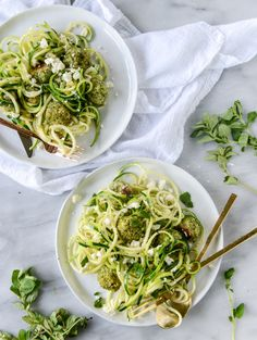 zoodles with mini chicken feta meatballs I howsweeteats.com