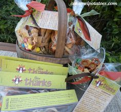 Mix all together and package up in bags, tins, or baskets for a great Thanksgiving Gift! (free printable tags)