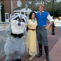 Wow! I have never seen John Smith in the park, let alone all three of them together like this!