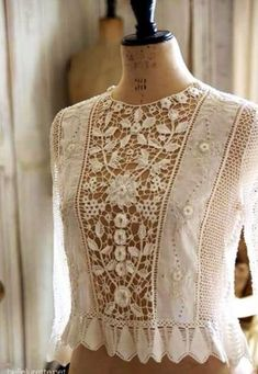 New crochet lace blouse ideas Ideas Boho Fashion, Vintage Fashion, Fashion Design, Style Fashion, Fashion Ideas, Dress Fashion, Fashion Clothes, Trendy Fashion, Kleidung Design