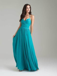 Traditional teal is not the easiest shade for every gal to wear. A dynamic blue-green, find different shades of teal (luckily, different shades do look lovely with each other) that will complement each bridesmaid's unique skin tone.