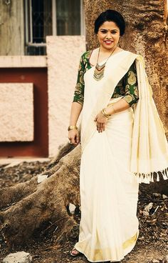 Onam Saree, Kasavu Saree, Kerala Saree, Indian Sarees, Silk Sarees, Kerala Traditional Saree, Traditional Fashion, Traditional Dresses, Set Saree
