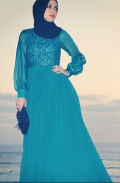 Outfit by: @babykhosh #Hijab Evening Dress