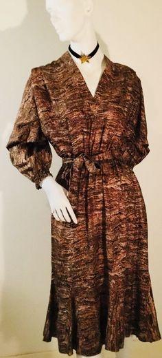 Bought as Vintage Missoni but w/o in Clothing, Shoes, Accessories, Vintage, Women's Vintage Clothing Silk Dress, Wrap Dress, Fast Fashion, Missoni, Couture Fashion, Vintage Ladies, Vintage Outfits, Label, Chic