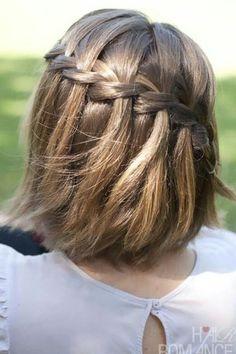 Une tresse sophistiquée : 20 coiffures de fête pour changer des barrettes et des couettes ! - Journal des Femmes