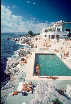 St. Tropez, Eden-Roc Pool by Slim Aarons on Getty Images #freedomlifestyle #freedompreneur http://www.yourbizinabox.info