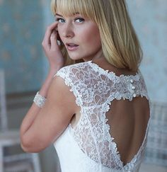 So Sassi is a collection from top wedding fashion designer Sassi Holford. The dresses are beautifully handmade in the UK and target the younger stylish bride. Wedding Make Up Inspiration, Bridal Gallery, Apollo, Wedding Styles, Target, Hands, Bride, Stylish, Lace
