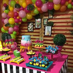 67 ideas party ideas for adults neon for 2019 Luau Birthday, 24th Birthday, Birthday Parties, Birthday Ideas, Adult Party Themes, Pool Party Decorations, Flamingo Party, Tropical Party, Holidays And Events