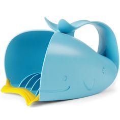 Le Rince tête Moby de Skip Hop permettra à bébé de ne pas avoir d'eau dans les yeux lors du bain.