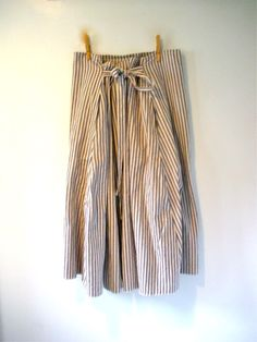 Utility wrap skirt __ idea for my linen fabric similar to this