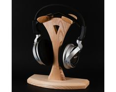 Wooden headphone stand gifts for him наушники и подставки. Breakfast For Kids, Health Breakfast, Health Benefits Of Tumeric, Headphone Storage, Healthy People 2020, Cool Items, Beauty Skin, Gifts For Him, Snacks